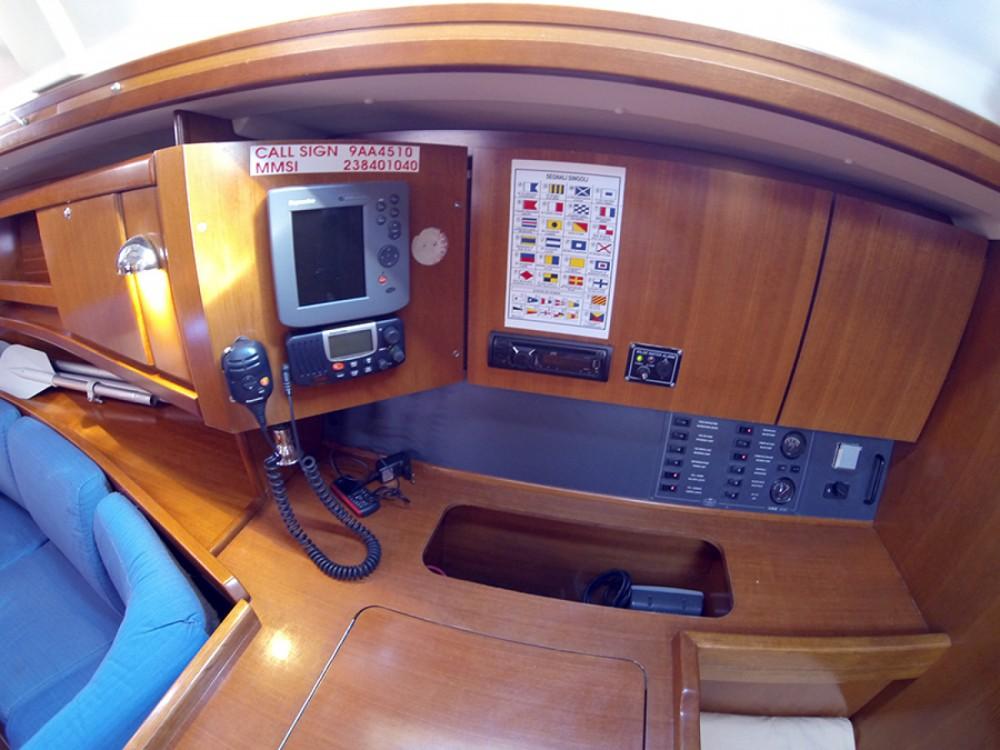 Location bateau Dufour Dufour 385 GL à Sibenik sur Samboat
