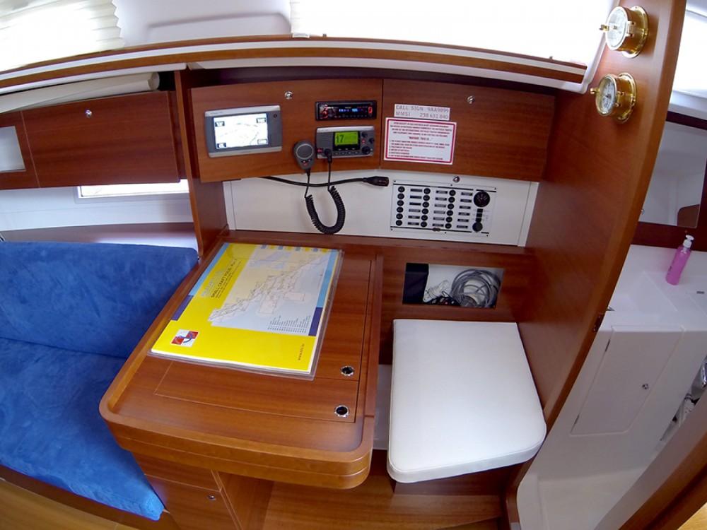 Location yacht à Sibenik - Dufour Dufour 335 GL sur SamBoat