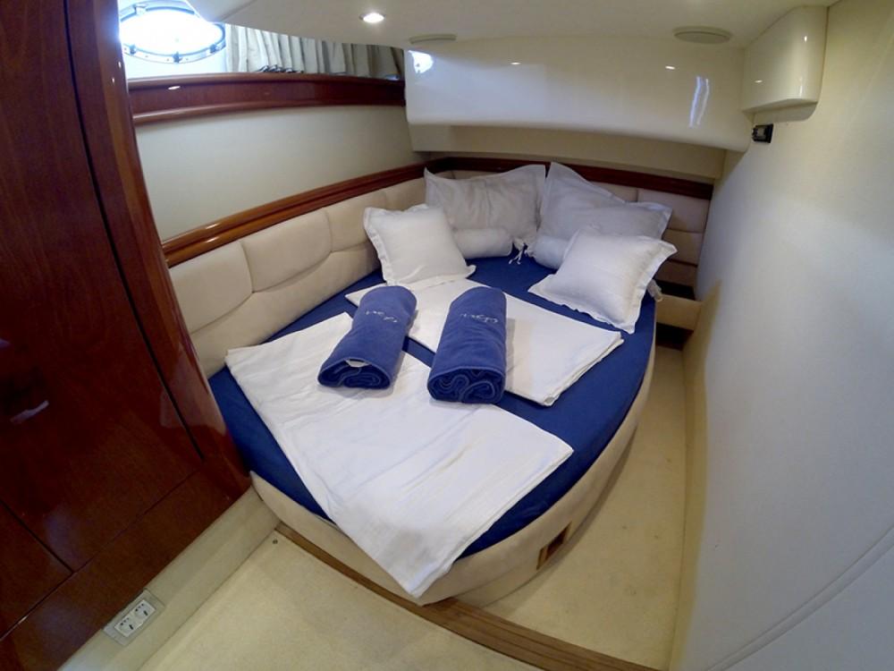 Location bateau Sibenik pas cher Fairline Phantom 50