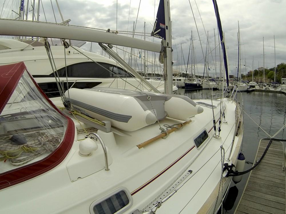Louez un Bénéteau Oceanis Clipper 411 à Sibenik
