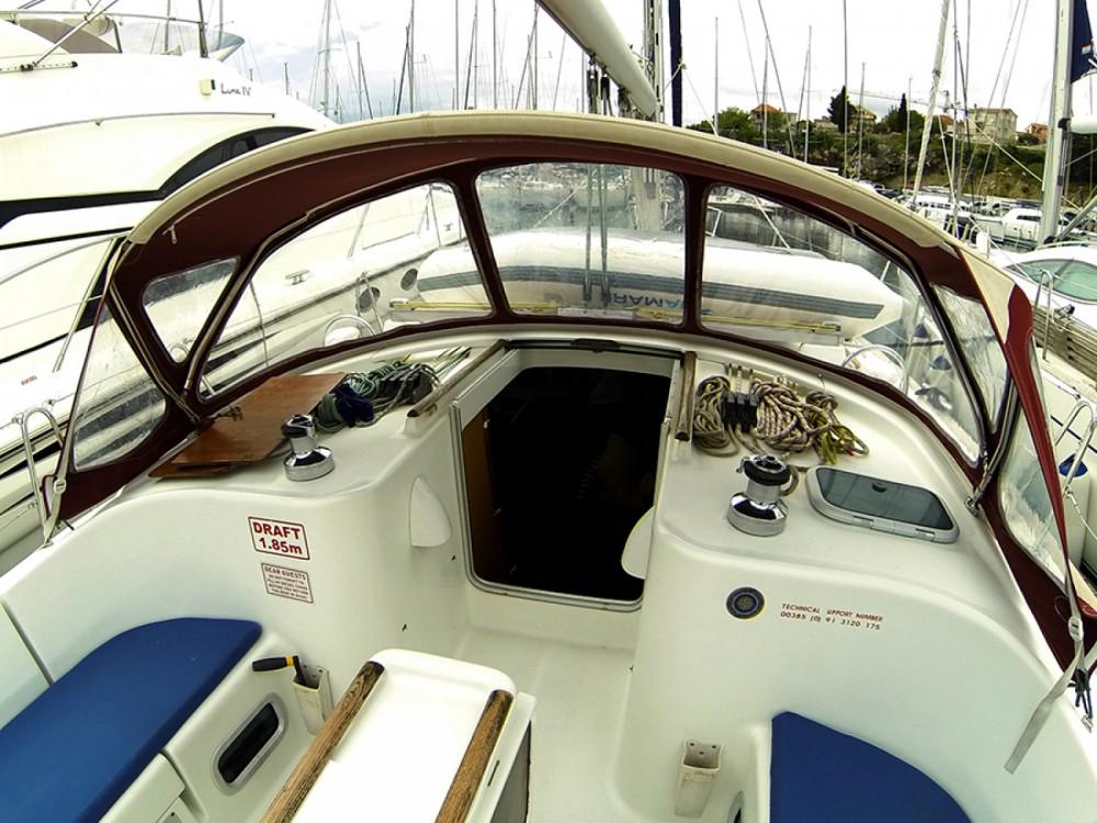 Location bateau Sibenik pas cher Oceanis Clipper 411