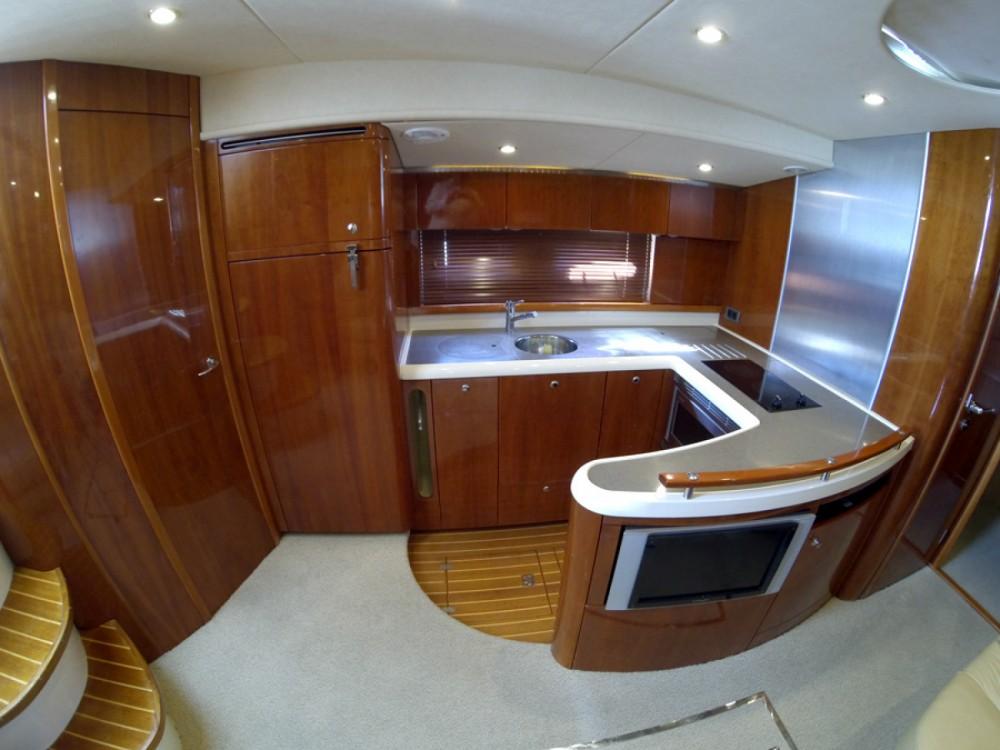 Location bateau Sibenik pas cher Fairline Targa 52 GT