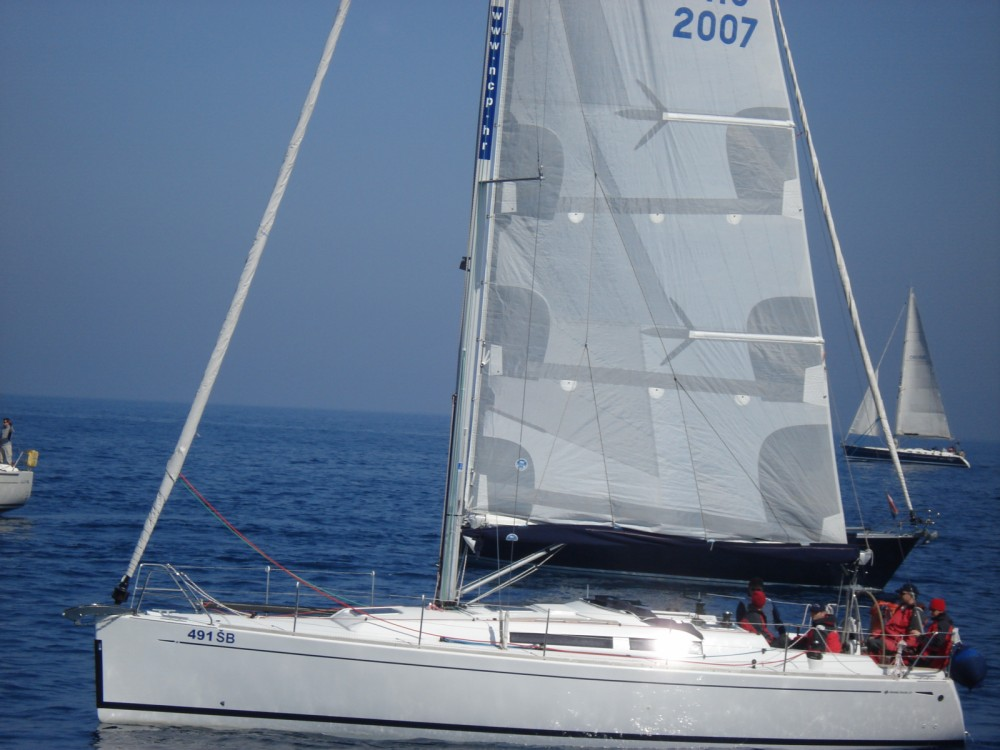 Location bateau Sibenik pas cher Grand Soleil 37