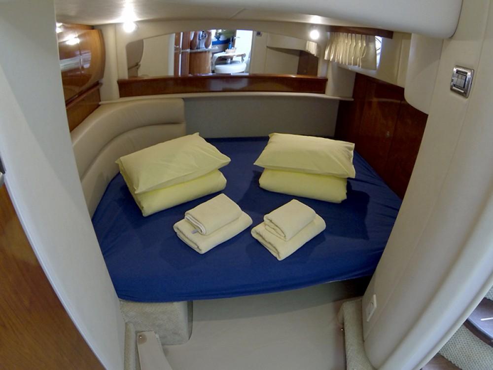 Location bateau Sea Ray Sea Ray 455 à Sibenik sur Samboat