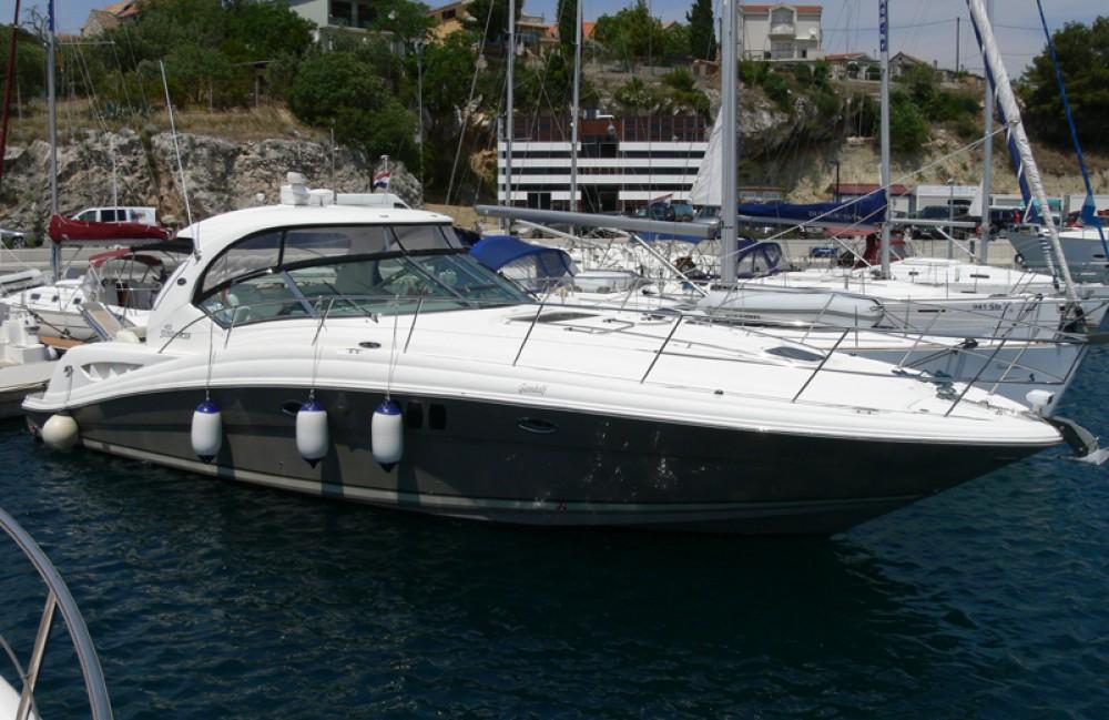 Location yacht à Sibenik - Sea Ray Sea Ray 455 sur SamBoat