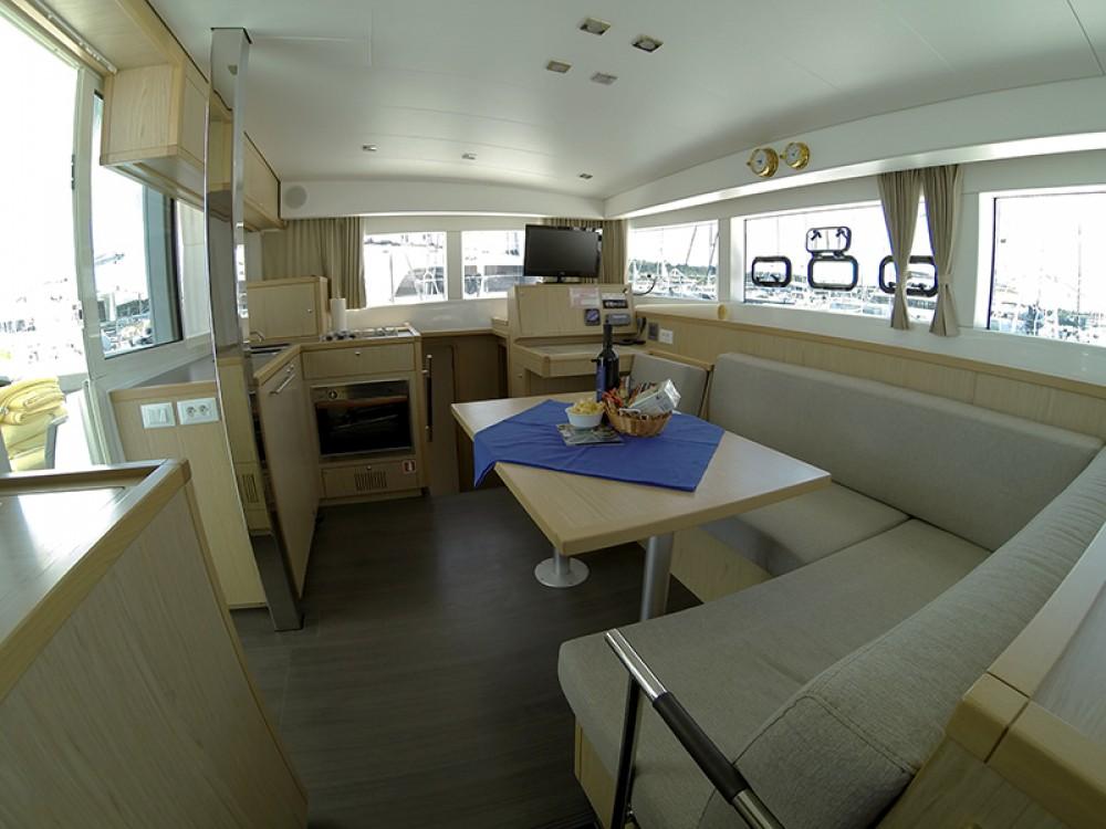 Location Catamaran à Sibenik - Lagoon Lagoon 39