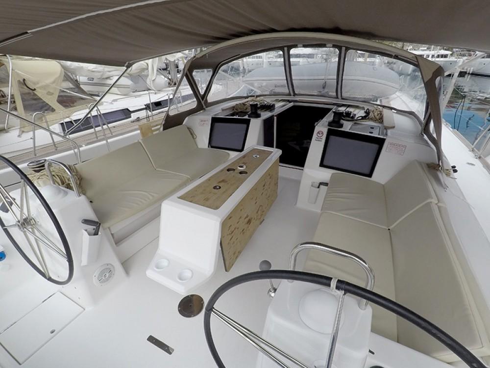 Location bateau Sibenik pas cher Dufour 460 4 cab