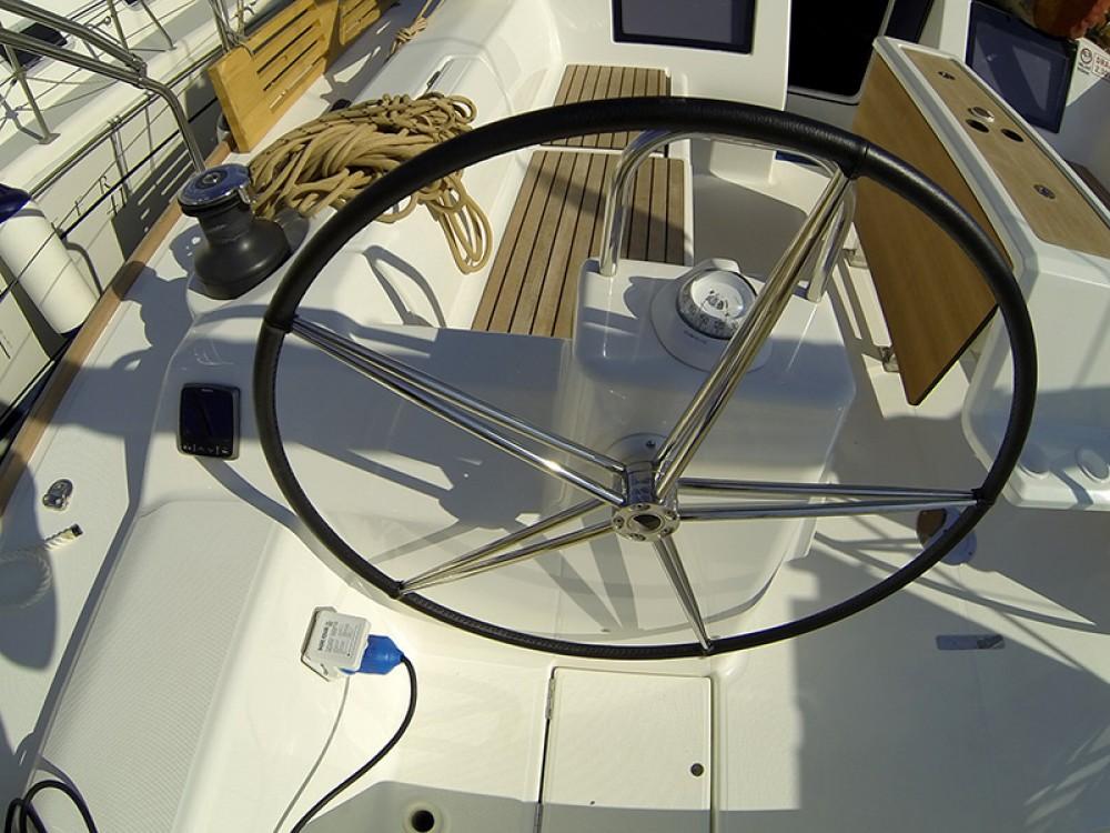 Location bateau Dufour Dufour 460 4 cab à Sibenik sur Samboat