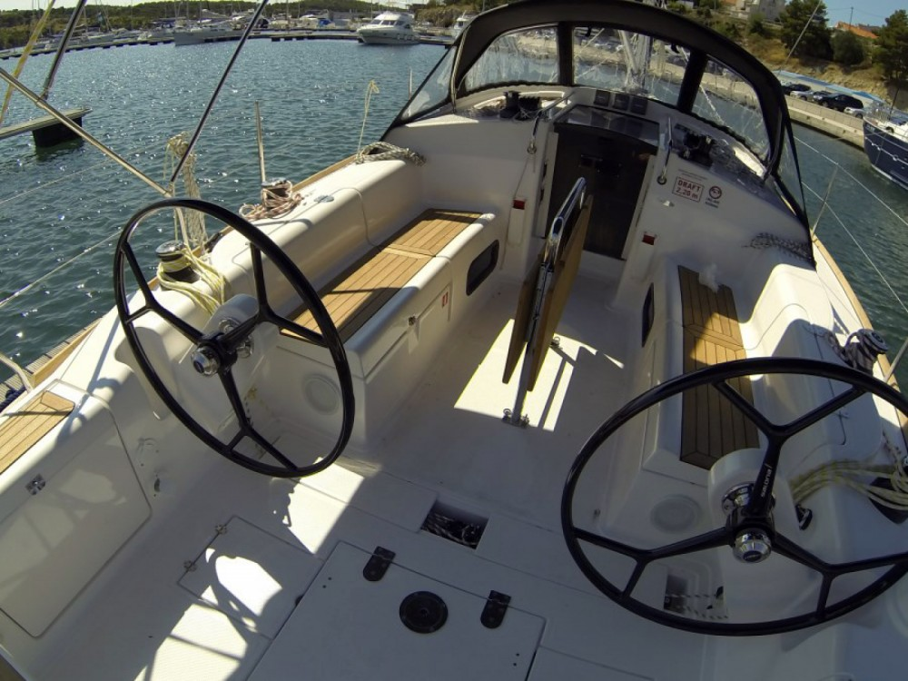 Location yacht à Sibenik - Salona Salona 38 sur SamBoat