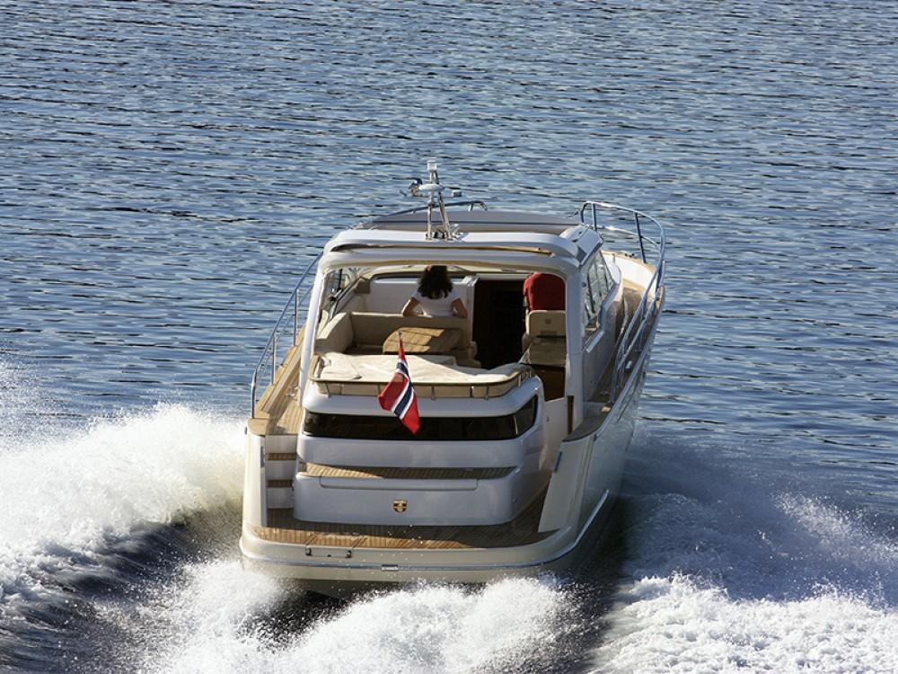 Rental Motor boat in Šibenik - Marex Marex 370 ACC
