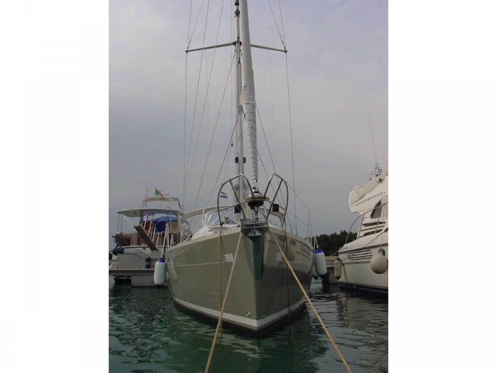 Yacht-Charter in Sukošan - Elan Elan 384 Impression auf SamBoat