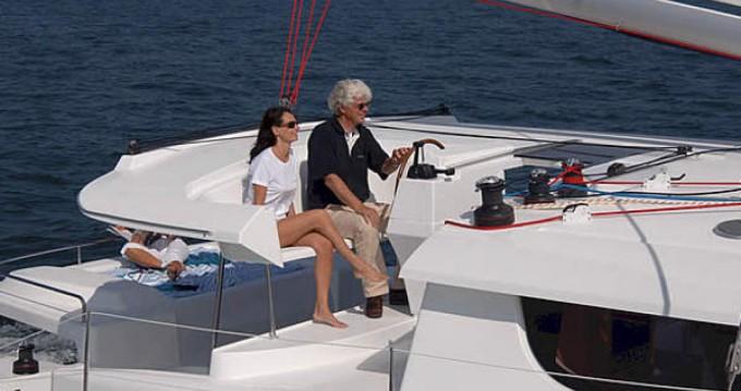 Location bateau Marina Gouvia pas cher Salina 48