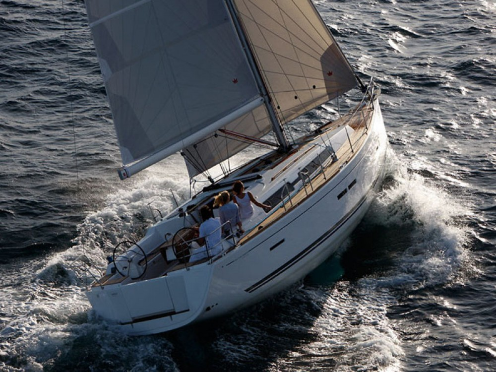 Hire Sailboat with or without skipper Dufour Marina Gouvia