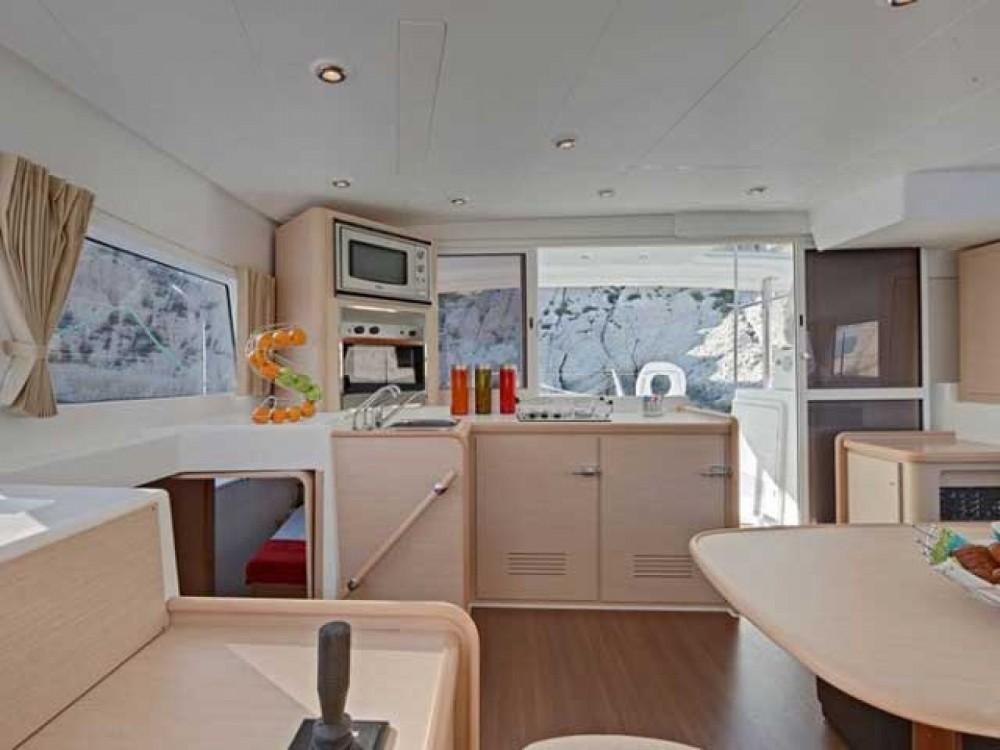 Location Catamaran à Marina Gouvia - Lagoon Lagoon 400