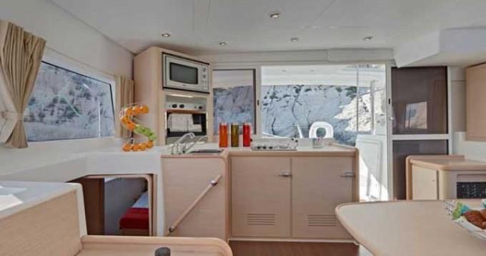 Location bateau Marina Gouvia pas cher Lagoon 400