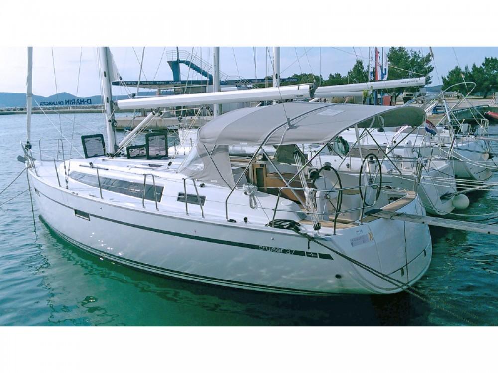 Location bateau Sukošan pas cher Bavaria 37