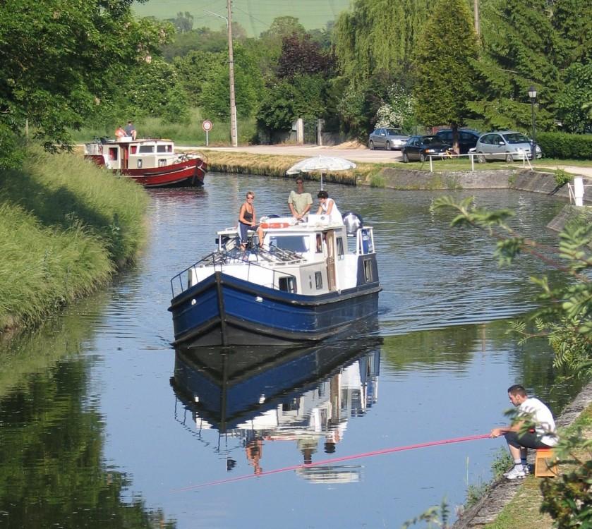 Motorboot mit oder ohne Skipper  mieten in Vermenton