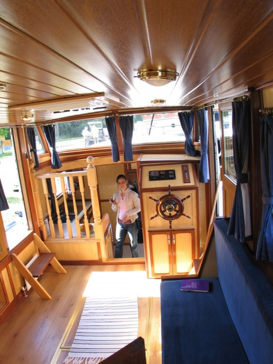 Hire Motor boat with or without skipper  Vermenton