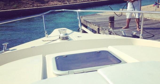 Louez un Cnt cayman38wa à Porto Baia Caddinas