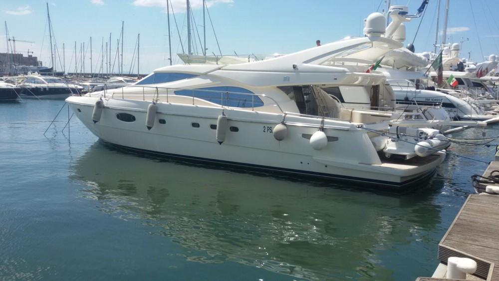 Location yacht à Pouzzoles - Ferretti Ferretti 590 sur SamBoat