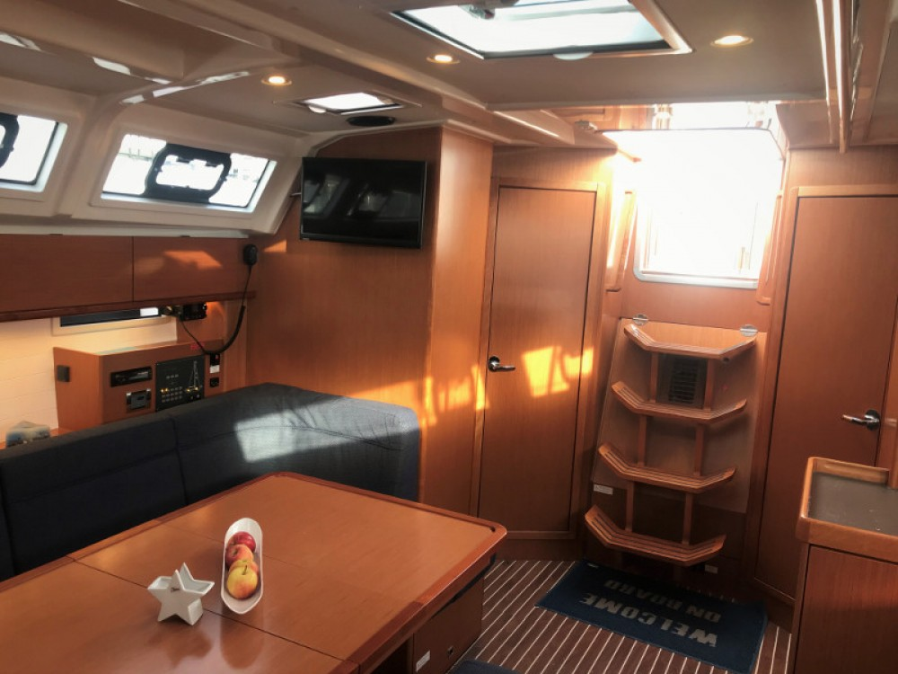 Rental yacht Seget Donji - Bavaria Bavaria 46 Cruiser on SamBoat