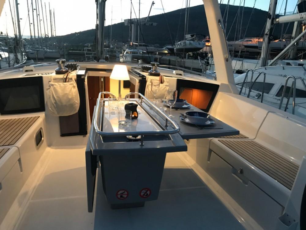 Boat rental Seget Donji cheap Oceanis 45