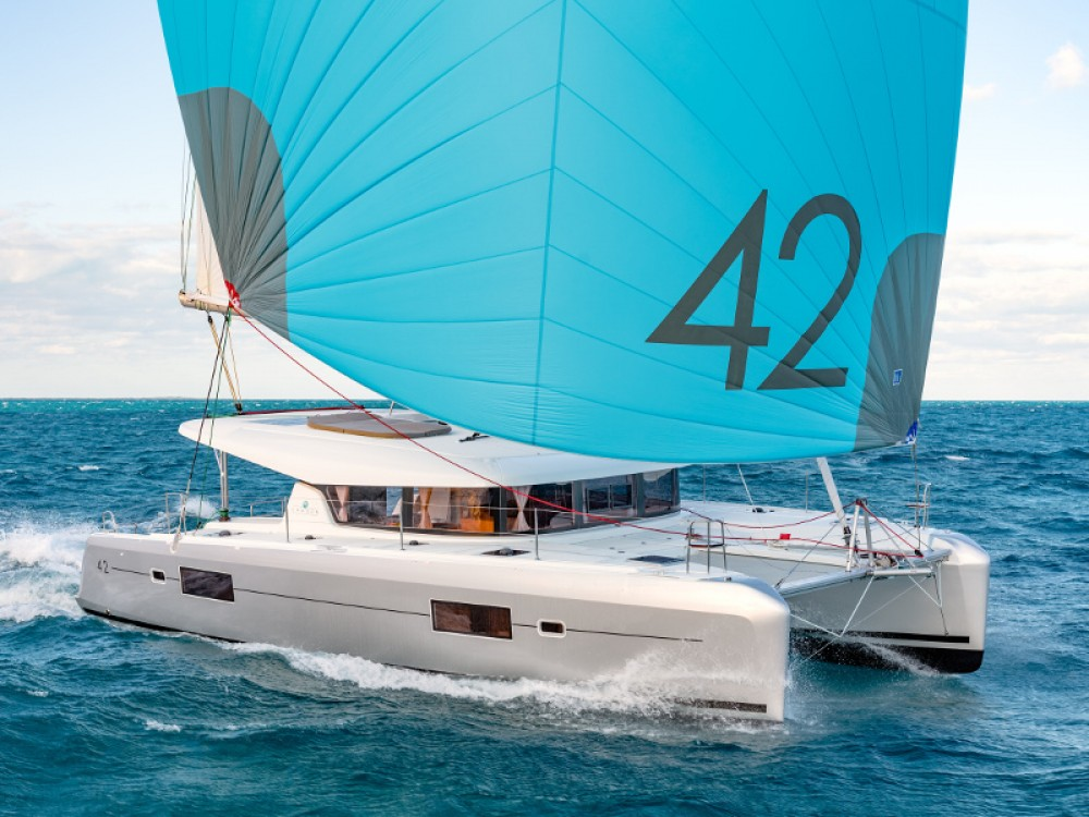 Lagoon Lagoon 42 -Owner's Version between personal and professional Ao Po Grand Marina