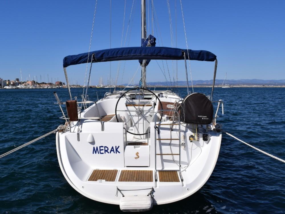 Rental yacht  - Bénéteau Oceanis 411 on SamBoat