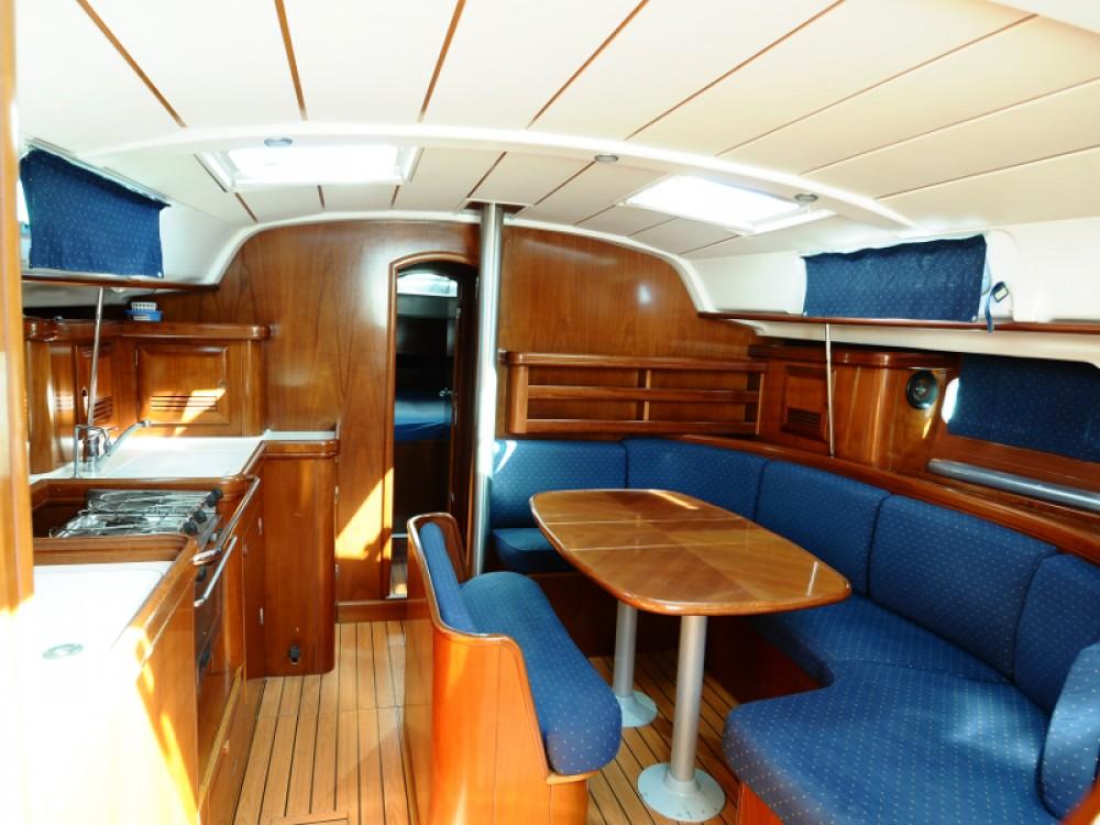 Boat rental  cheap Oceanis 411