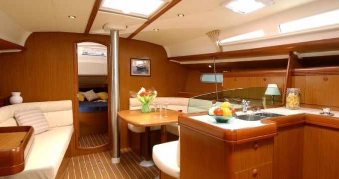 Louez un Jeanneau Sun Odyssey 42i à U Pàize/Carloforte