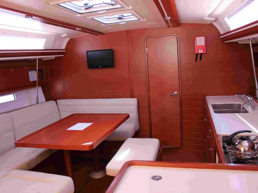 Boat rental Marina de Alimos cheap Dufour 450 GL