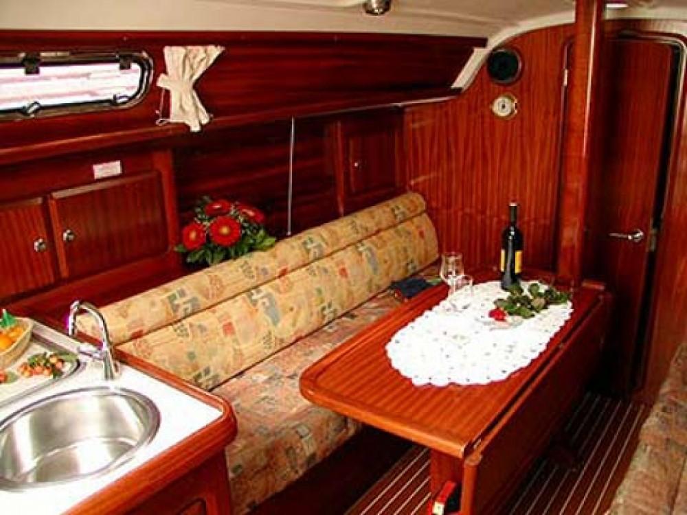 Location yacht à Marina de Alimos - Bavaria Bavaria 31 sur SamBoat