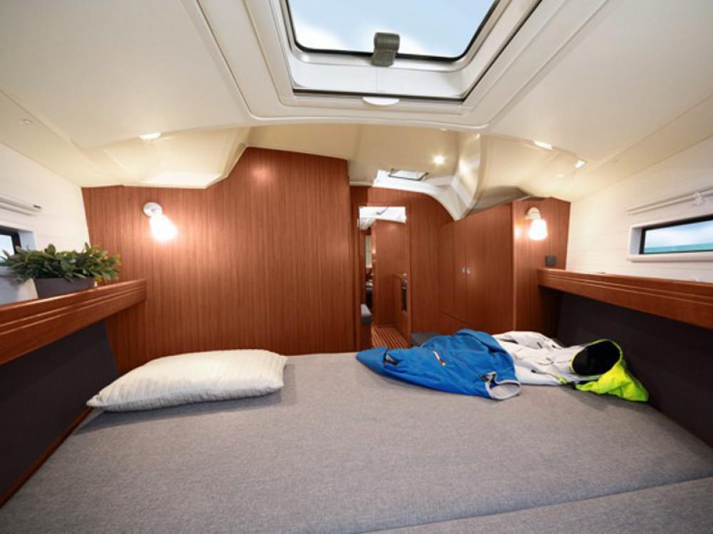 Location bateau Ponta Delgada pas cher Bavaria Cruiser 41