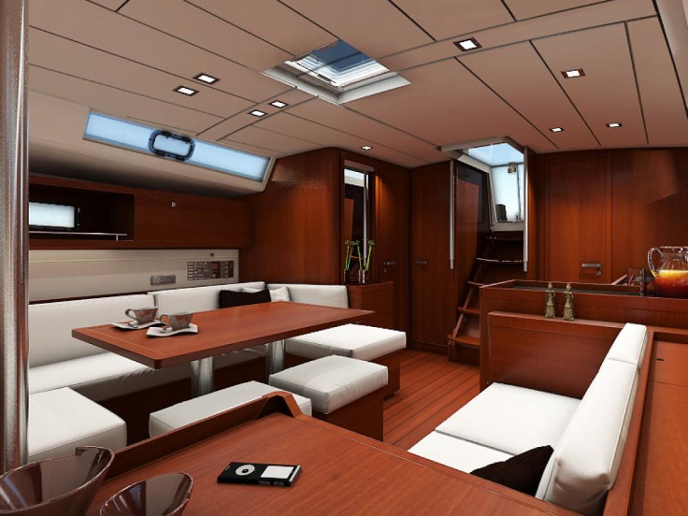 Rental yacht Follonica - Bénéteau Oceanis 45 on SamBoat