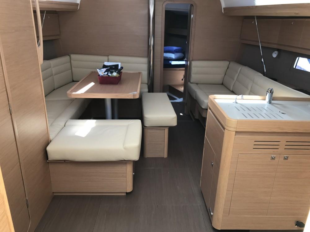 Dufour Dufour 412 Grand Large entre particuliers et professionnel à Marina di Portisco