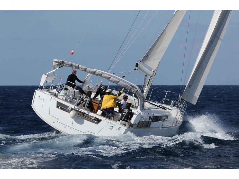 Bénéteau Oceanis 55 entre particuliers et professionnel à Marina di Portisco