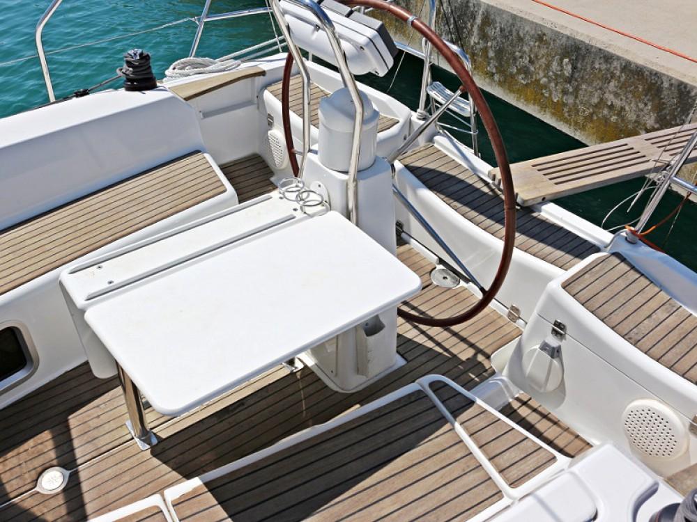 Location yacht à Sukošan - Jeanneau Sun Odyssey 36i sur SamBoat