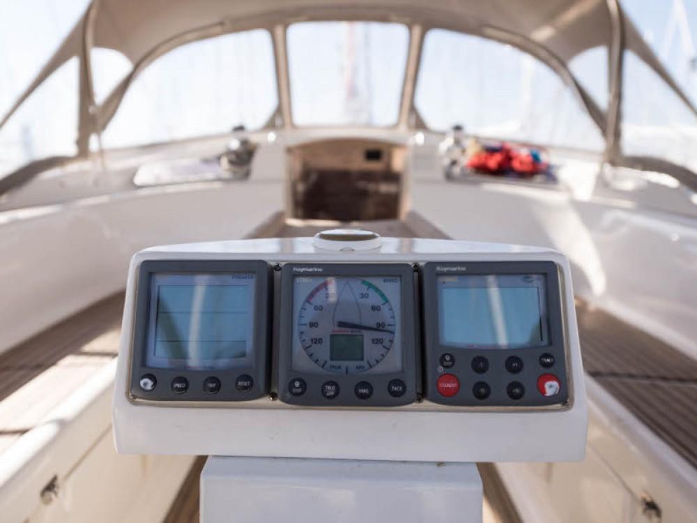 Louez un Bavaria Cruiser 46 à Leucade