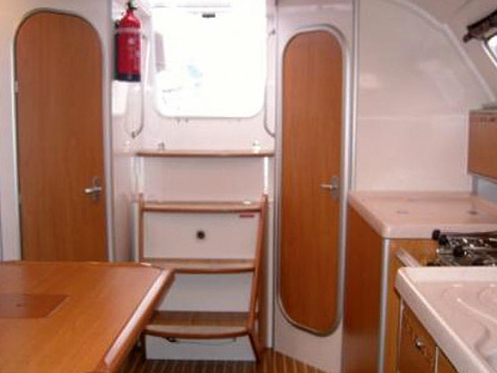 Rental Sailboat in Reimerswaal - Poncin Yachts Harmony 34