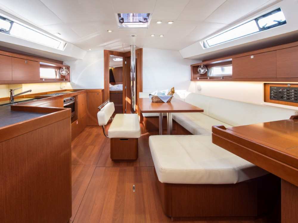 Location yacht à Μαρίνα Αλίμου - Bénéteau Oceanis 45 sur SamBoat