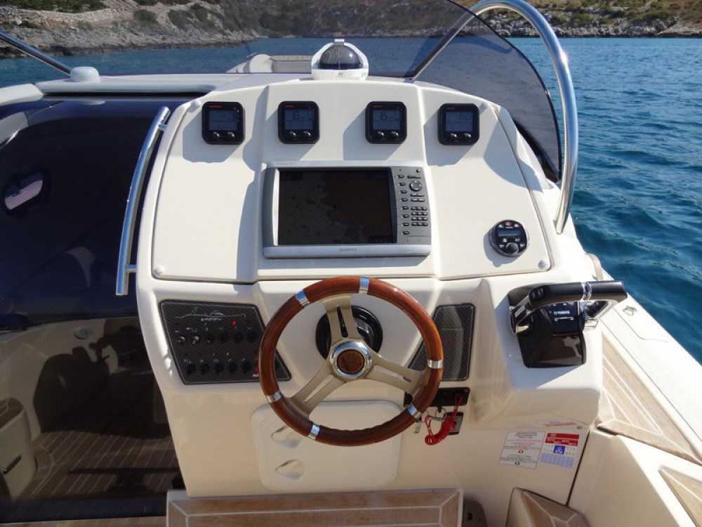 Location bateau  MAR-CO e-motion 32 à Primošten sur Samboat