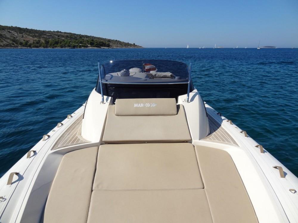 Location bateau Primošten pas cher MAR-CO e-motion 32