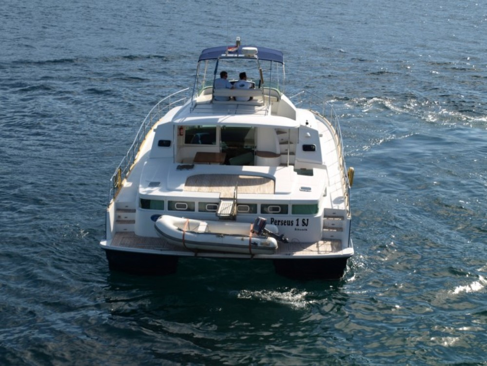 Location bateau Lagoon Lagoon Powercat 43 à Primošten sur Samboat