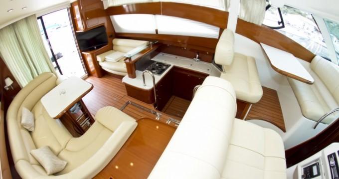 Boat rental Jeanneau Prestige 46 in Primošten on Samboat