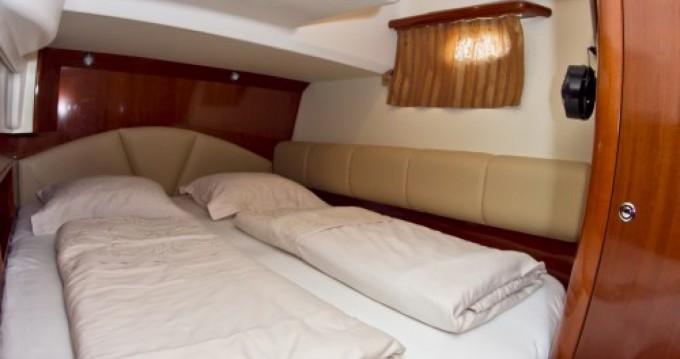 Boat rental Primošten cheap Prestige 46
