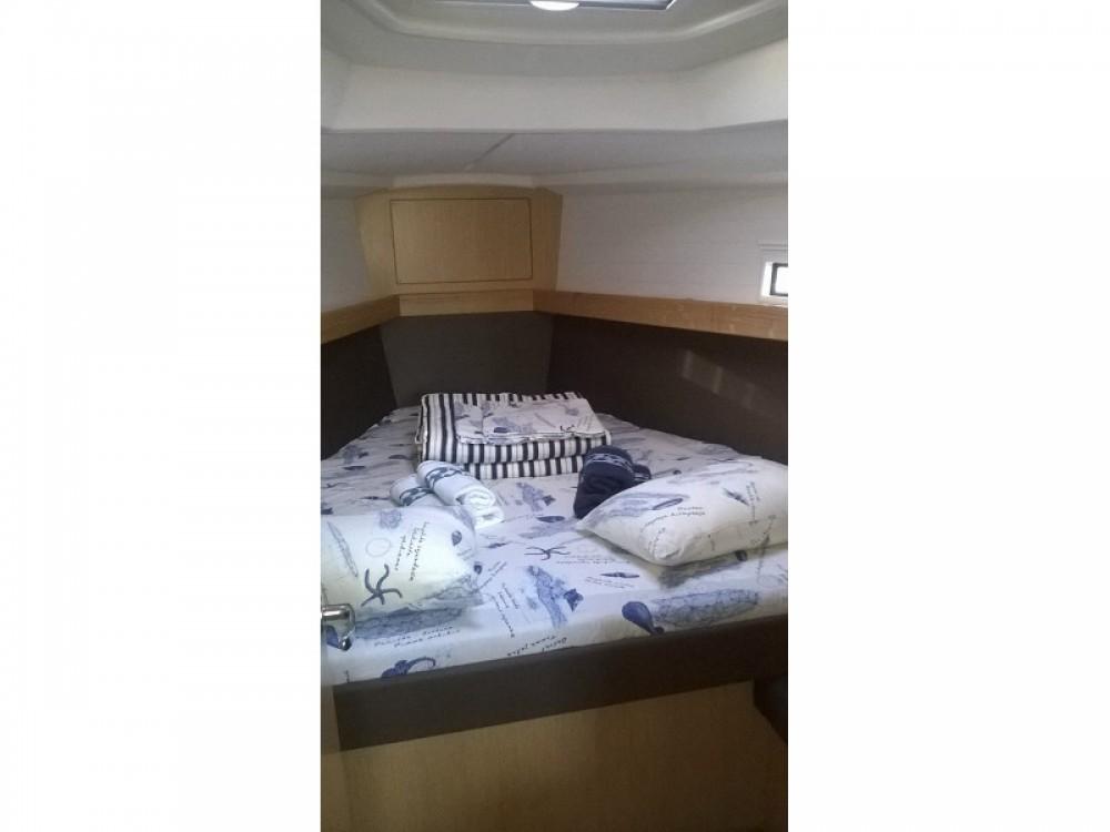 Louez un Bavaria Cruiser 37 à ACI Marina Split