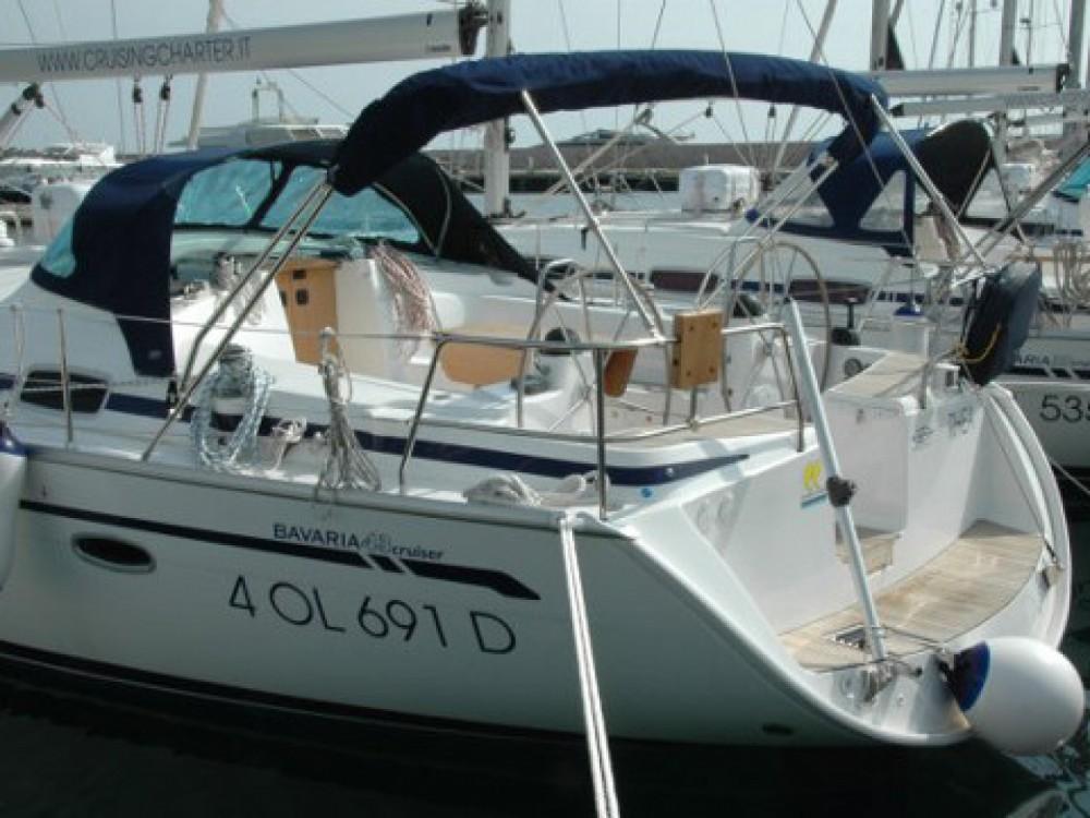 Location bateau Marina di Portisco pas cher Bavaria 43