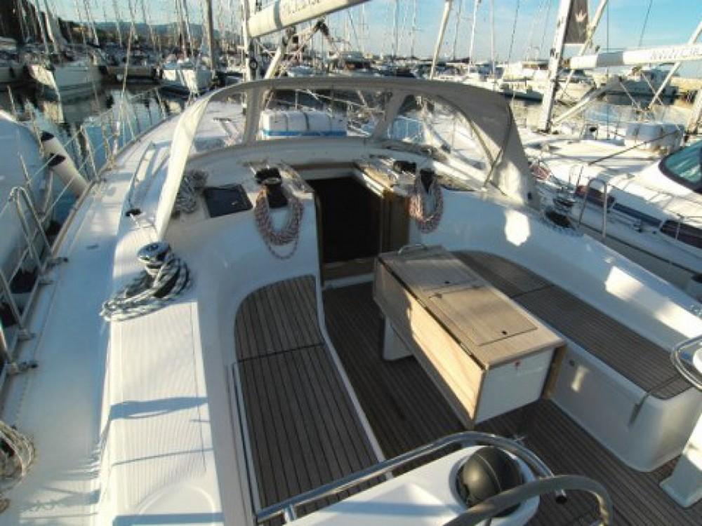 Louez un Bavaria Bavaria Cruiser 45 à Marina di Portisco