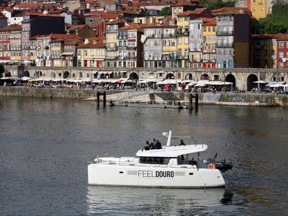 Lagoon Lagoon 39 entre particuliers et professionnel à Douro Marina
