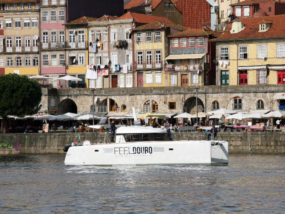 Location bateau Lagoon Lagoon 39 à Douro Marina sur Samboat